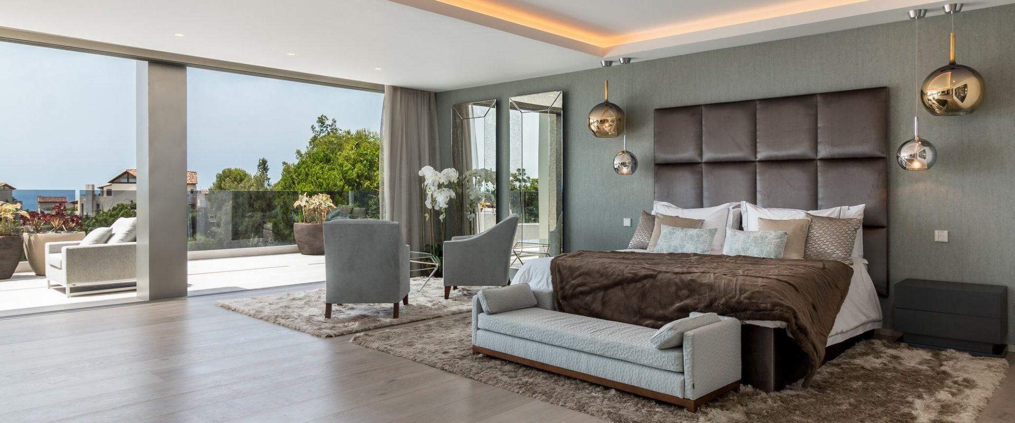 65 m2 designer master suite