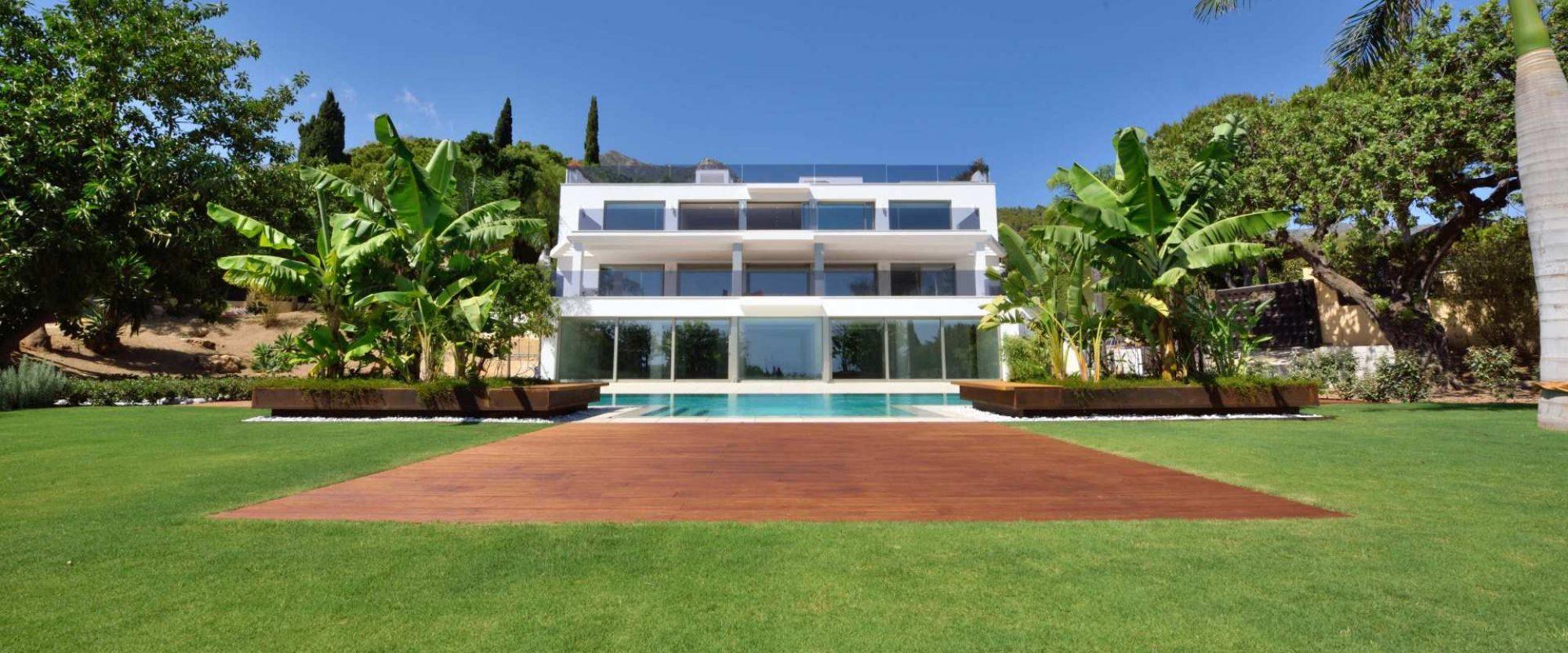 new contemporary villa for sale in cascada de camojan marbella